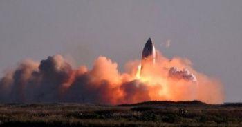 SpaceX'in test ettiği uzay mekiği iniş sırasında patladı