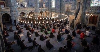 Vatandaş, yarın evine en yakın camide cuma namazını kılabilecek