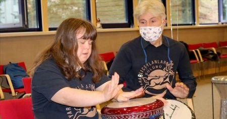'Engelli dostu' profesör hayatını engelli çocukları topluma kazandırmaya adadı