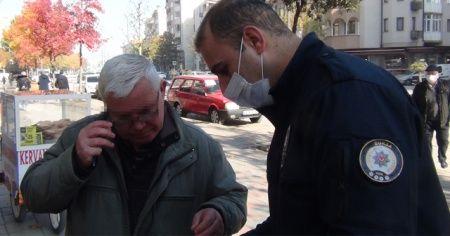 """67 yaşındaki amcadan polisin """"neden maske takmıyorsun"""" sorusuna ilginç cevap"""