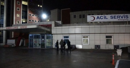 Gençler arasındaki küfür kavgası hastanede bitti