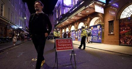 İngiltere Sağlık Bakanı: Kovid-19 salgını tekrar kontrol altına alındı