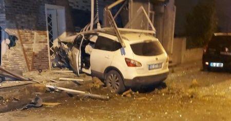 İzmir'de kısıtlama sessizliği kaza gürültüsü ile son buldu