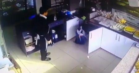 Kavgadan korkup dolaba saklandılar