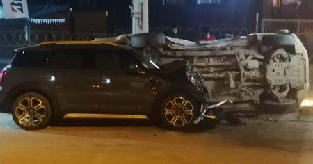 Kısıtlamada boş yoldaki kazada can pazarı