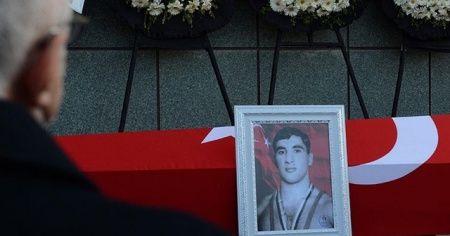 Türk sporunun 'teknik güreşçisi' Nihat Kabanlı son yolculuğuna uğurlandı