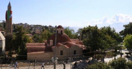 Vaka artışı yüzde 50 sınırına yaklaşan Antalya'da camilerden korona virüs uyarısı