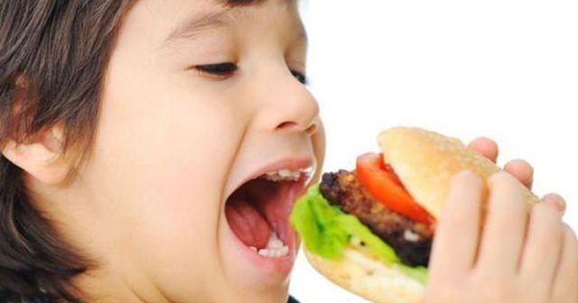 'Çocukları Fast Food'tan uzak tutun'