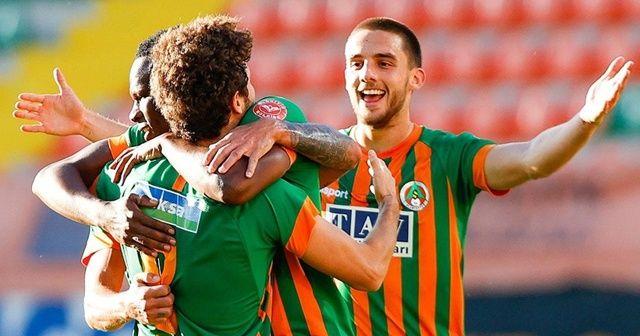 Aytemiz Alanyaspor 3 puanı 3 golle aldı