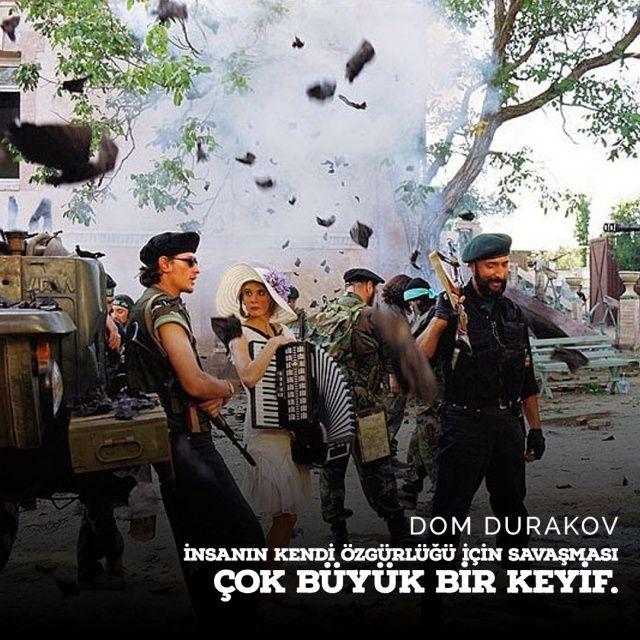 Bir Andrei Konchalovsky Filmi: Deliler Evi (Dom Durakov) 2002