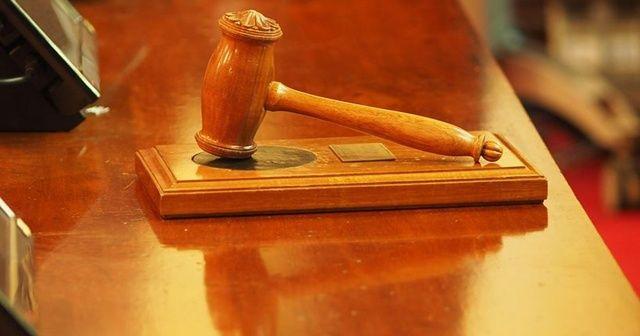 Boşanma aşamasındaki eşini bıçaklayarak öldüren kocaya dava