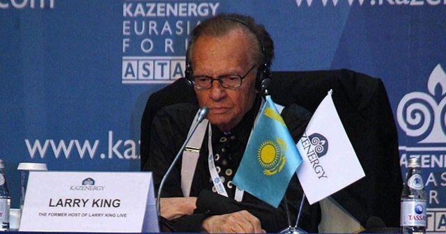 Dünyaca ünlü sunucu Larry King hayatını kaybetti