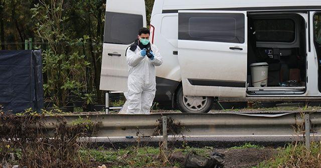 Et ve kemik parçalarının bulunduğu bölgede ikinci bir çanta bulundu