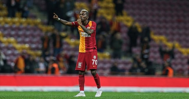 Galatasaray, Onyekuru'nun lisansını çıkardı