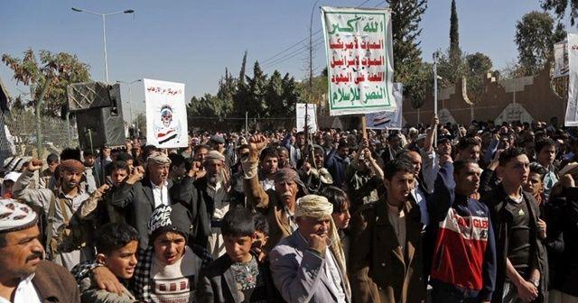 Husiler ABD'yi protesto etti