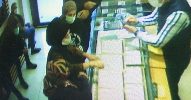 İki aileyi dolandırarak kavga ettiren gelin ile annesi gözaltına alındı