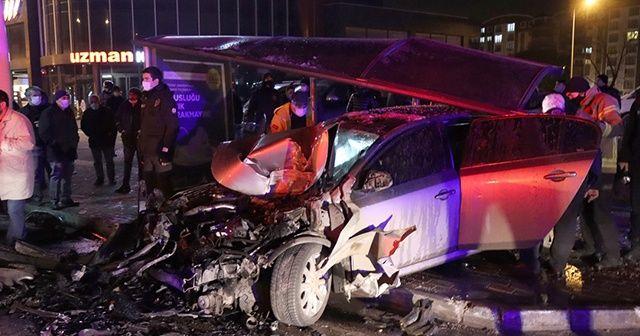 Kısıtlamayı ihlal eden 5 kişi kaza yaptı