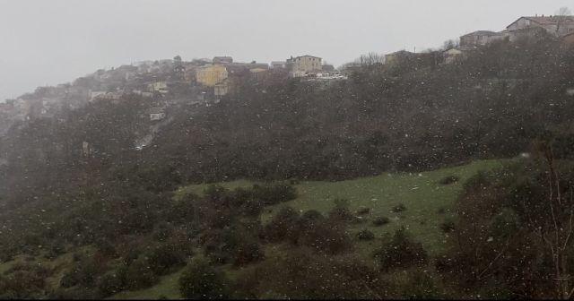 Sarıyer'de kar yağışı aralıklarla etkili oluyor