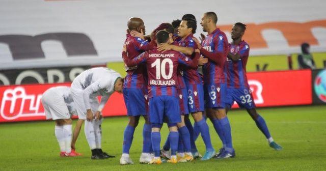 Trabzonspor evinde Konyaspor'u rahat geçti