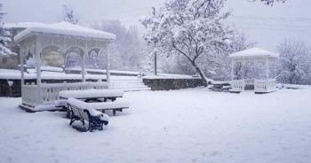 'Sakin şehir' Taraklı'da kar kalınlığı 45 santimi buldu