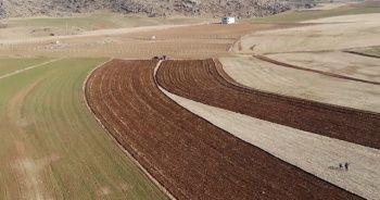 """Çiftçinin kuraklık endişesi: """"Böyle devam ederse her şey pahalı olur"""""""