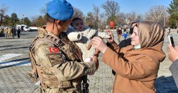 Diyarbakır'da 258 Mehmetçik Suriye'ye uğurlandı
