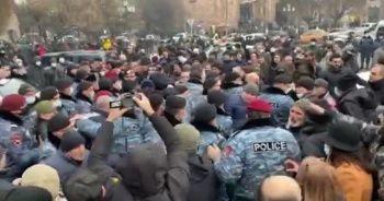 Ermenistan'da protesto: 26 gözaltı