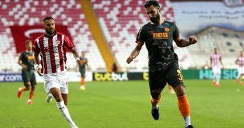 PFDK, Tzavellas'a 2 maç men cezası verdi