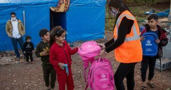 Savaşın çocuklarına şefkat eli