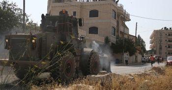 Yahudi yerleşimciler Filistinli ailenin evine saldırdı