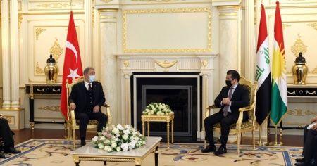 """Barzani ve Bakan Akar, """"Sincar anlaşması""""na vurgu yaptı"""