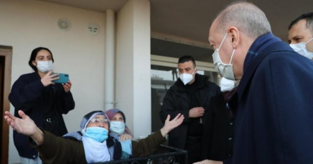 Cumhurbaşkanı Erdoğan'dan ev ziyareti
