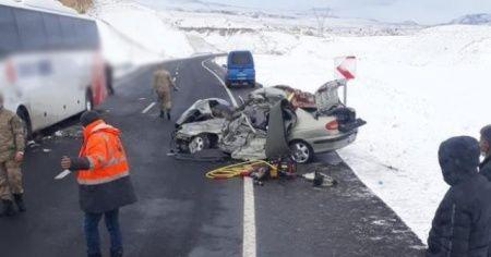 Erzurum'da feci kaza: Anne ve oğlu hayatını kaybetti