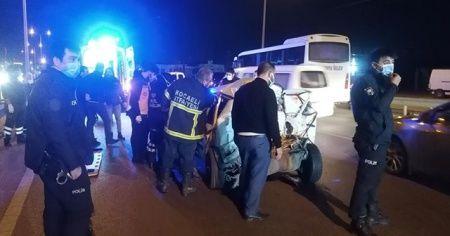 Kaza yapan otomobilde sıkışan yaralıyı itfaiye kurtardı