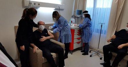 KKTC Cumhurbaşkanı Tatar, korona aşısı oldu