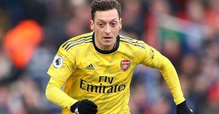 Mesut Özil: Fenerbahçeme geleceğim için çok mutluyum