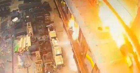 Rusya'da tamiri devam eden tren vagonunda patlama!
