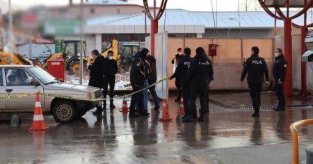 Silahla vuruldu, akaryakıt istasyonuna sığındı