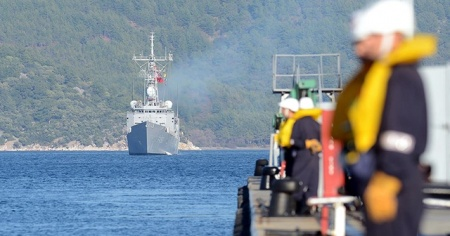 Türk askerinin Aden Körfezi'ndeki görev süresi uzatılıyor
