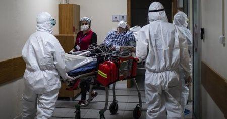 Türkiye'de son 24 saatte 6436 koronavirüs vakası tespit edildi, 165 kişi hayatını kaybetti