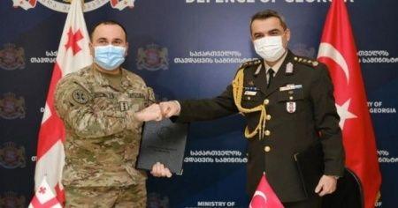Türkiye'den Gürcistan ordusuna teknik ekipman desteği