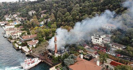 Vaniköy Camii'nde çıkan yangına takipsizlik kararı