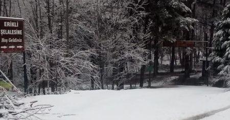 Yalova'ya yılın ilk karı düştü