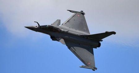 Yunanistan, 18 Rafale savaş uçağı için Fransa ile anlaşma imzaladı