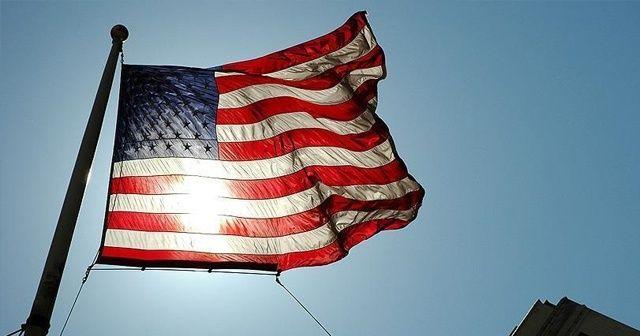 ABD'de koronavirüsten ölenler için bayraklar 5 gün boyunca yarıya indirilecek