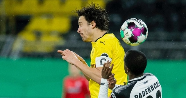 Almanya Kupası'nda Borussia Dortmund çeyrek finale yükseldi