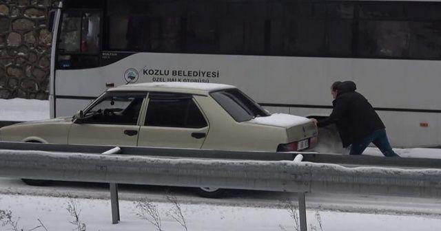 Araçlar buzda dans etti, kilometrelerce uzunlukta kuyruk oluştu