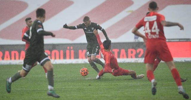 Bursaspor iç sahada 14 puan kaybetti