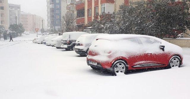Güney Marmara'da yoğun kar etkili oluyor