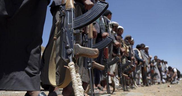 Husiler, Suudi Arabistan'ın güneyindeki hassas askeri alanları vurduklarını duyurdu